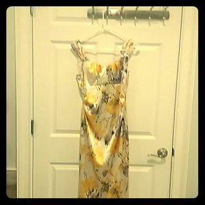 Maggy London Size 4 Floral Mini Dress